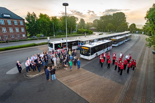 HusumBus: Zum Betriebsstart ging die Sonne auf