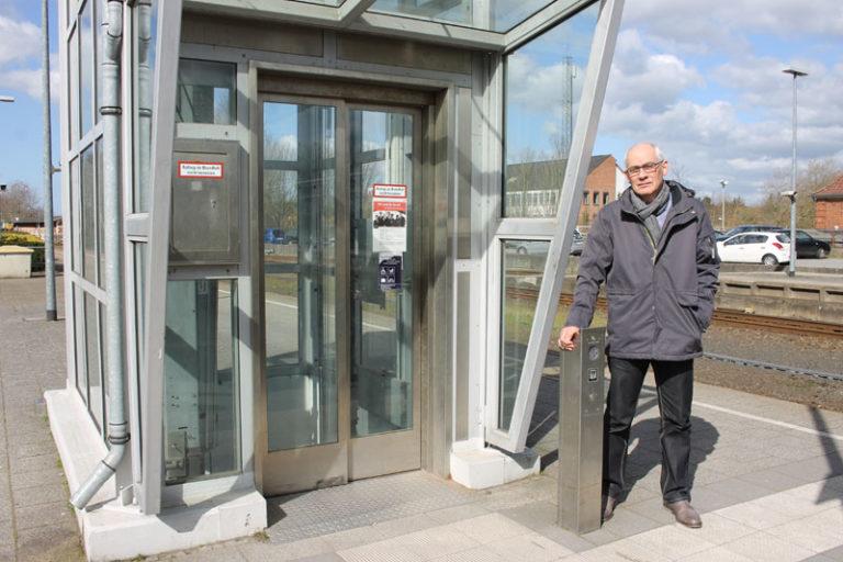 Bahnhof Husum: Neue Aufzüge in weiter Ferne (2022)