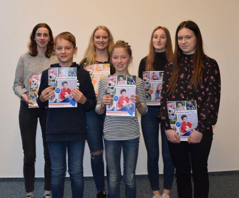 """Husumer Stadtbibliothek: Siegreicher Wettbewerb """"Schölers leest Platt!"""""""