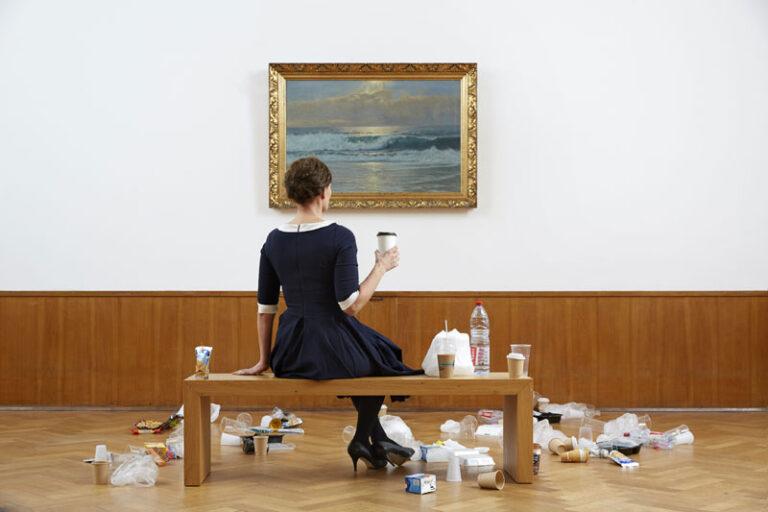 Vom Plastikmüll zur Kunst – ein Artist talk mit Swaantje Güntzel im Husumer Schloss