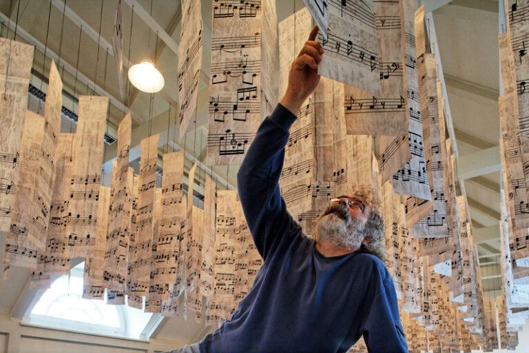 Sonderausstellung im Schloss vor Husum: Atif Gülücü – Inwendig voller Musik
