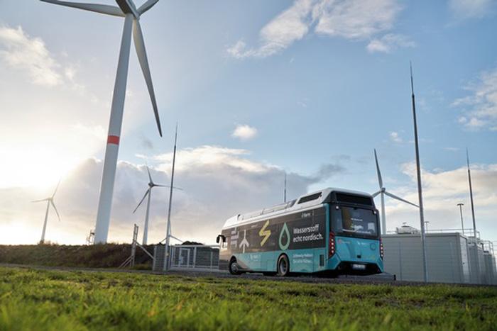 Wasserstofftankstelle in Husum pünktlich zur HUSUM Wind eröffnet. GP JOULE ist Hauptsponsor der HUSUM Wind